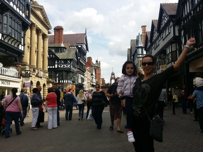calle de Chester con gente